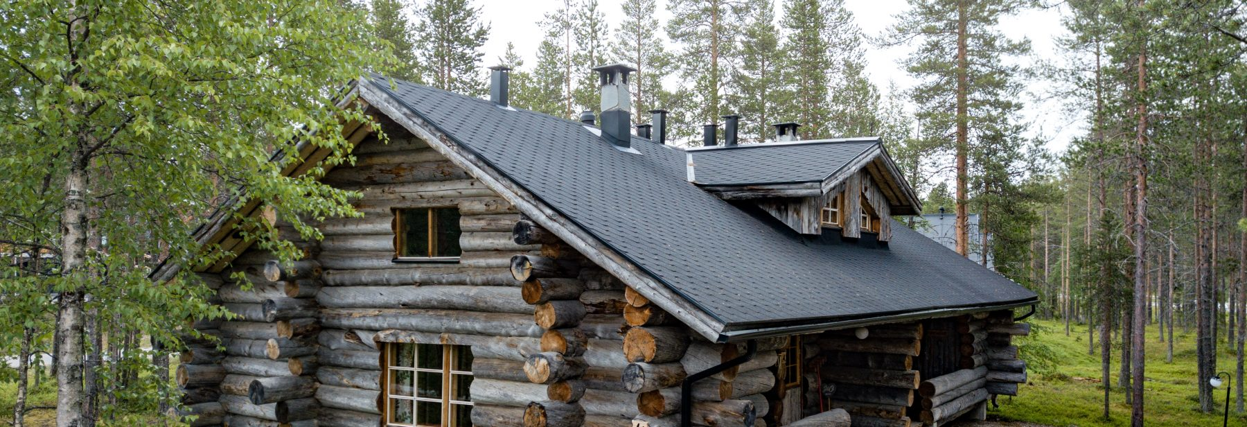 Welcome to Levi Log Cabin!